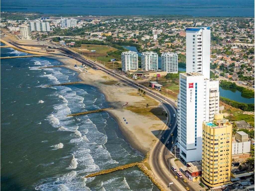 Hotel Ibis Cartagena Vista aérea - ¡Conoce las encantadoras instalaciones del hotel Ibis en Cartagena!