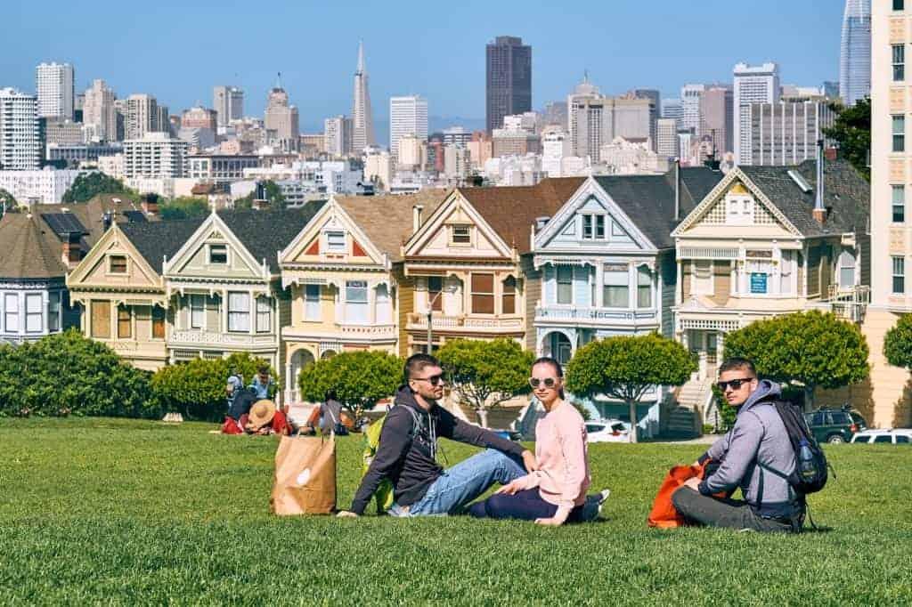 Californa - Estudiantes universitaricio en el parque San Francisco