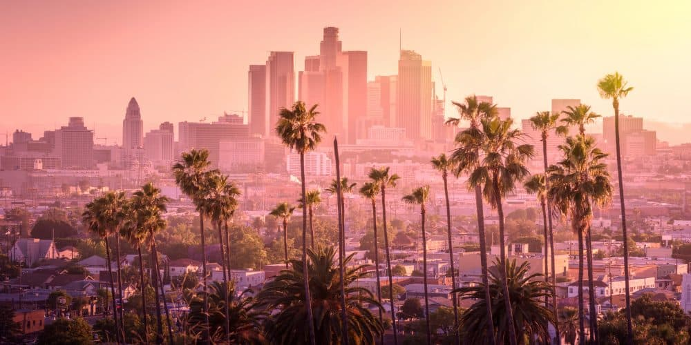 Canva Beautiful Sunset of Los Angeles Downtown Skyline and Palm Trees 1000x500 - Los Angeles y Las Vegas con Gran Cañón / 7 Dias