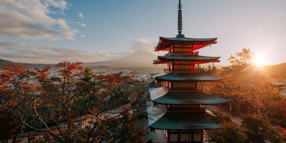 Canva Chureito Pagoda At Fuji Mountain. Beautiful Japanese Landmarks A - Japón Esencial- 7 Días