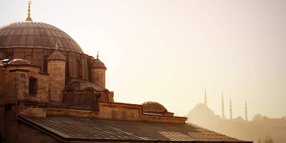 Canva Istambul Mosque 1000x500