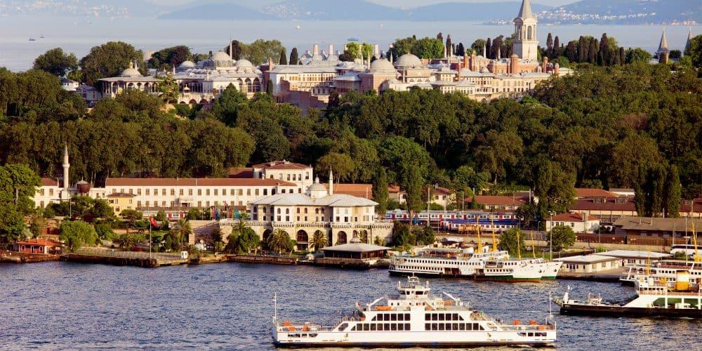 Canva Topkapi Palace in Istanbul 1000x500 - Maravillas de Estambul y Capadocia - 8 Días