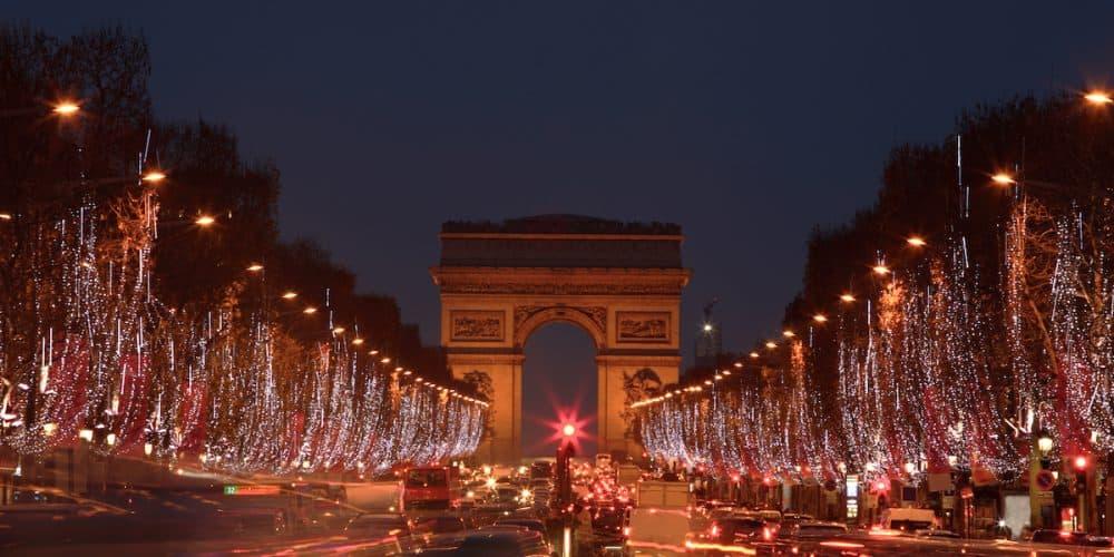 EUROPA NAVIDAD Champs Élysées 1000x500 - Oferta Europa Fin de Año 17 días con vuelos | Diciembre