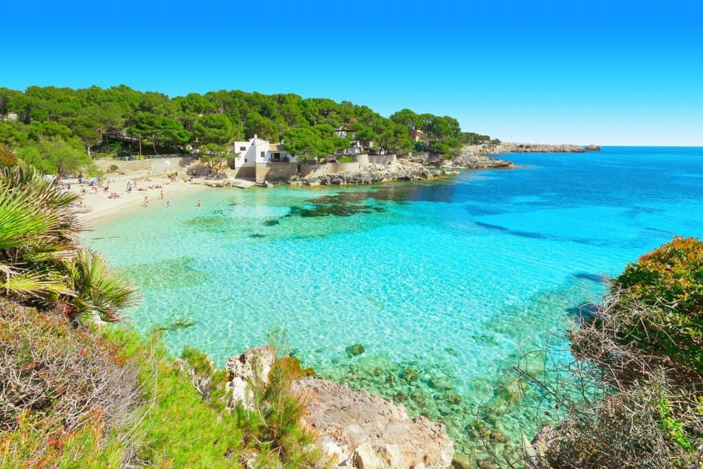 Canva Cala Gat Mallorca Spain 1200x800 - Viajar hacia y dentro de España