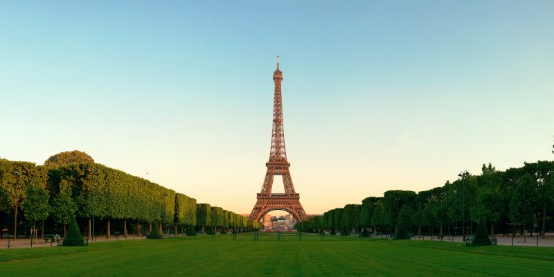 Canva Eiffel Tower Paris - Viajes Por Europa: Los Mejores 2021 - 2022