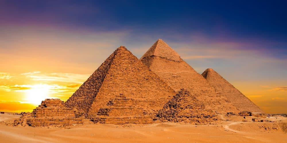 Canva Great Pyramids In Egypt - Turquía Y Egipto 18 Días 16 Noches | Vuelos Desde Bogotá | Hasta Octubre 2021