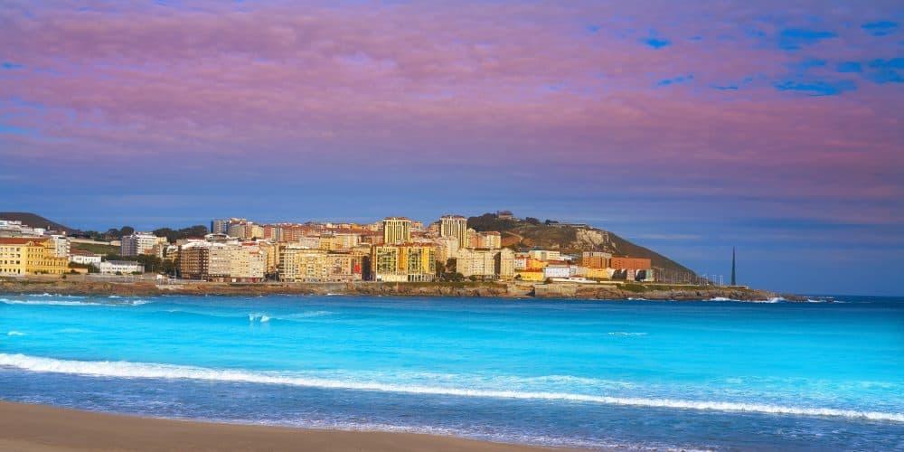 Canva La Coruna Riazor Beach In Galicia Spain - Norte De España 8 Días / 7 Noches