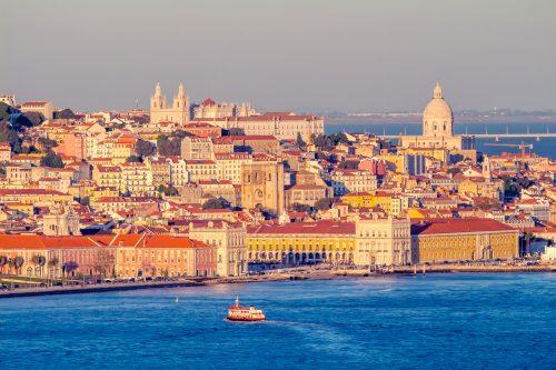 Canva Lisboa 500x333 - Norte de España y Portugal 12 Días/ 11 Noches