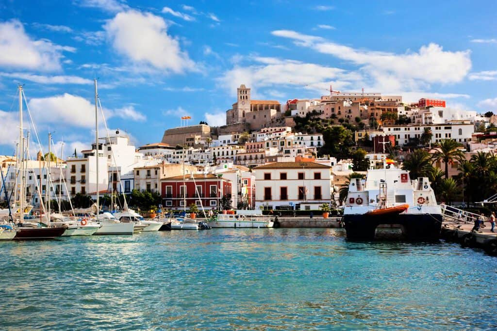 Canva Panorama of Ibiza Spain 1200x800 - España - Madrid, Barcelona e Ibiza