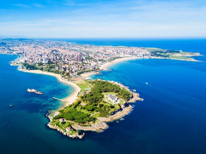 Canva Santander City Aerial View Spain - Viajes Por Europa: Los Mejores 2021 - 2022
