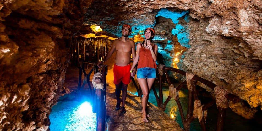 Xcaret Descubre Corazon Xplor Riviera Maya Min - Cancún 4 Días | Pack Xcaret Plus, Xel-Há Tulum, Xichen Clásico Y Xplor Fuego | Todo Incluido Con Alimentación Y Transportes
