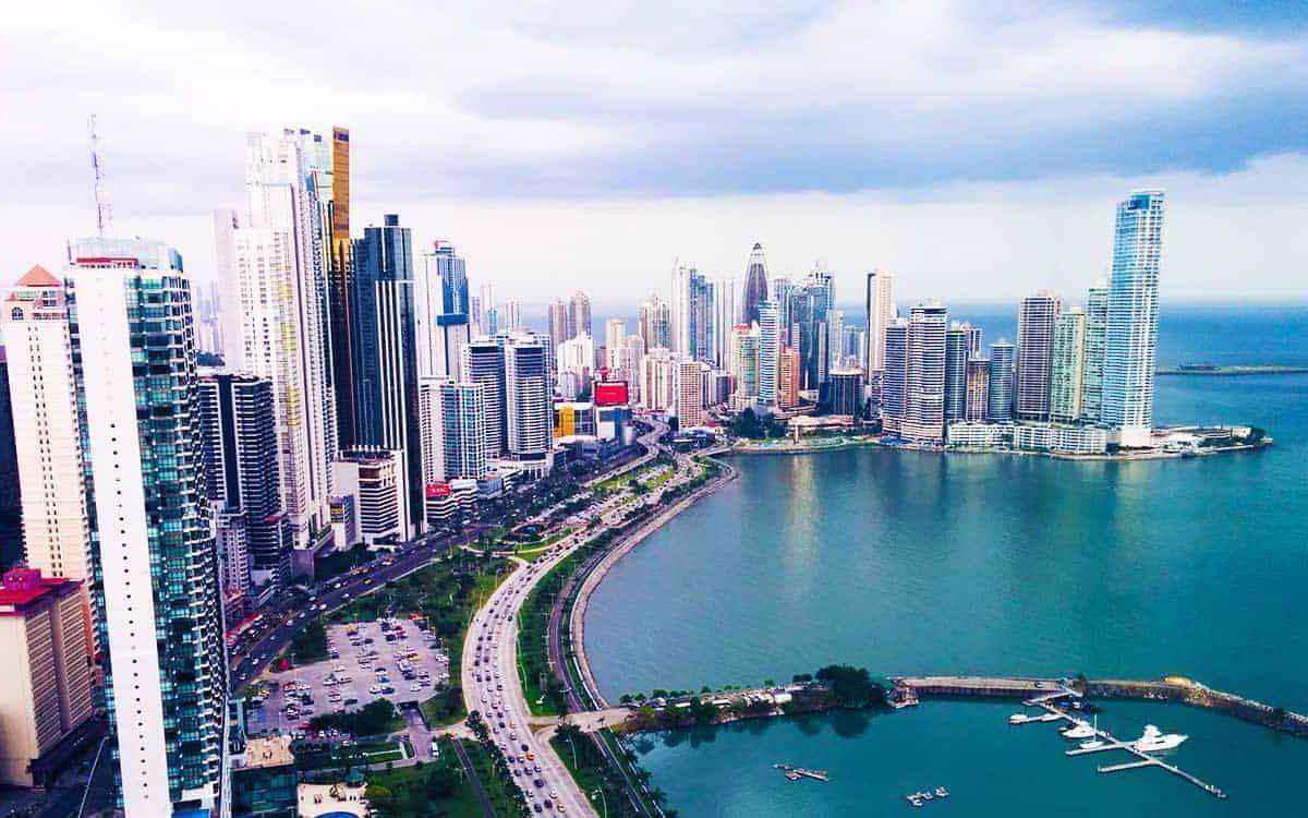 Vuela a Panamá desde Cali por solo $1.163.551 COP ida y regreso