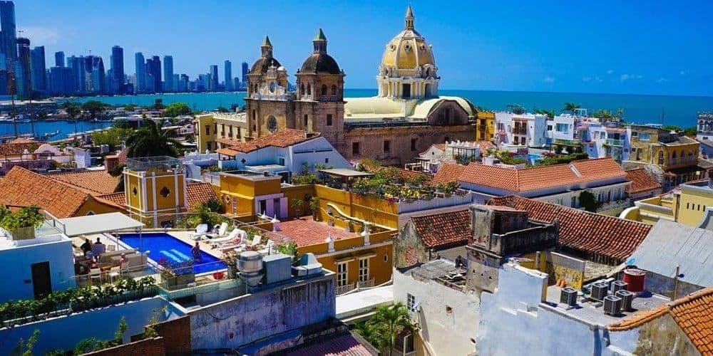 Vuela desde Bogotá a Cartagena con Planesturisticos.com