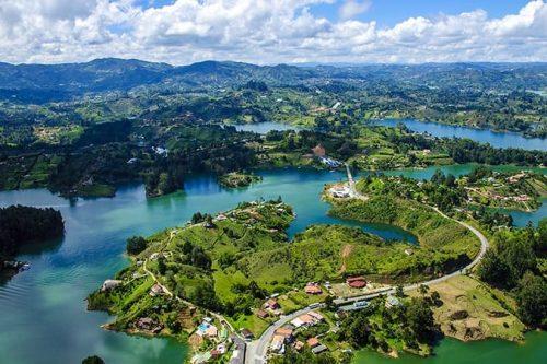 Vuela A Medellín Desde $139.418 Cop Ida Y Vuelta
