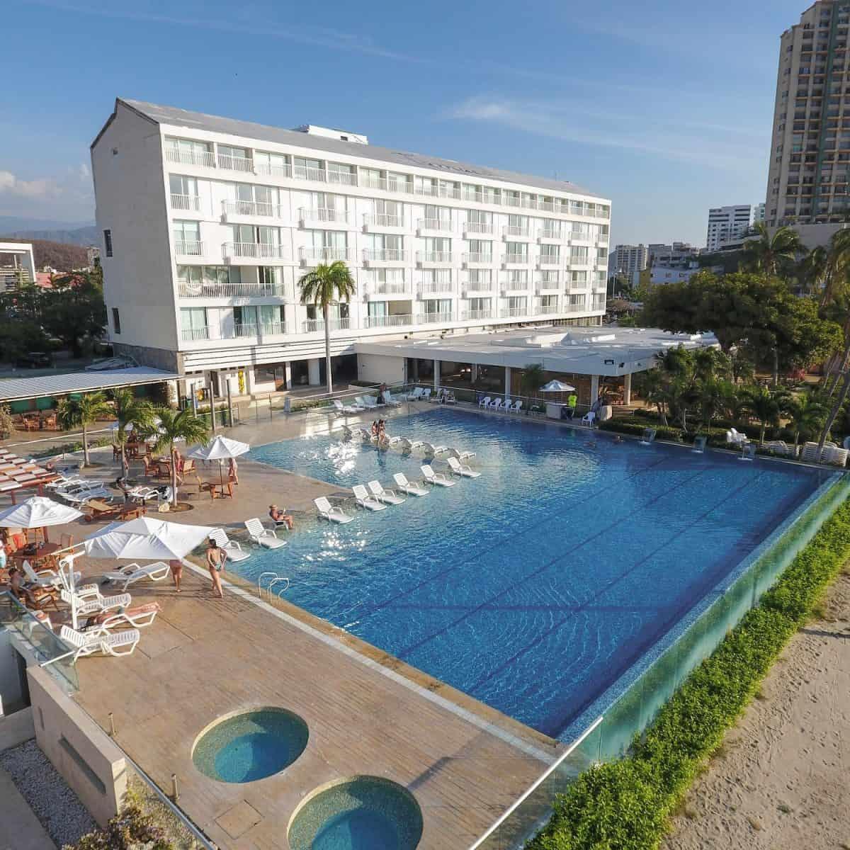 Tamaca Beach Resort Hotel Tu Descanzo En El Hotel Ideal. Disfruta De Tiempo De Calidad Y Confort. ¡Reserva Ya! Con Planesturisticos.com