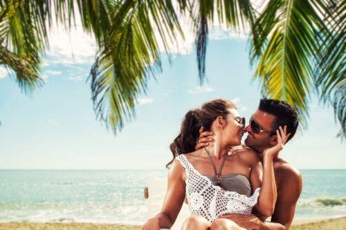 Pareja En Playas Punta Cana Planesturisticos.com - Planes Turísticos