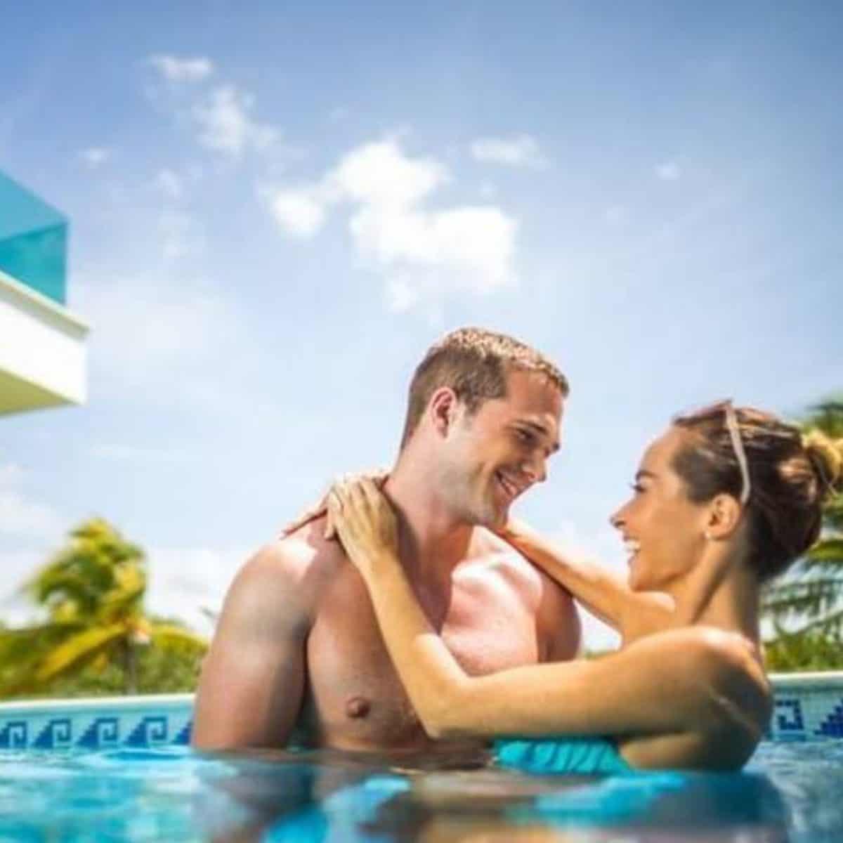 Pareja En Cancun Planesturisticos.com - Cancún 2X: 4 Días Todo Incluido | Con Vuelos Bogotá | 2021