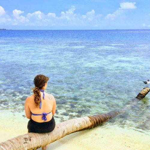 Island-coast-Belize-min